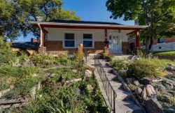 UGRENT!! Looking for summer sublet in downtown Peterborough!